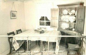 Boy hood Home Hannibal Missouri Mark Twain 1940s RPPC Photo Postcard 20-12701