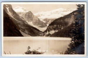 BYRON HARMON RPPC #118 LAKE LOUISE ALONG THE CANADIAN PACIFIC RAILWAY LINE