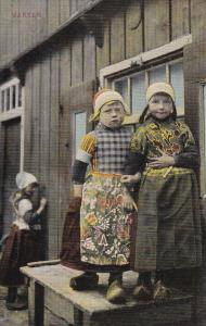 MARKEN, Noord-Holland, Netherlands, 1900-1910's; Dutch Girls Wearing Traditio...