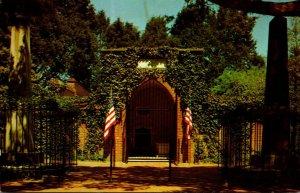 Virginia Mount Vernon George Washington Tomb