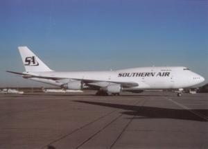 SOUTHERN AIR, Boeing 747-206B, at Dusseldorf, unused Postcard