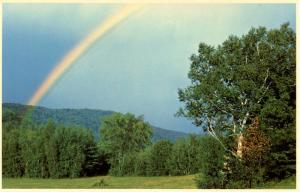 NH - Freedom. Rainbow near Red Ledge