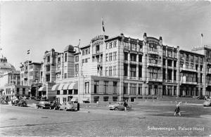 BG8223 scheveningen palace hotel car volkswagenbeetle  netherlands CPSM 14x9cm