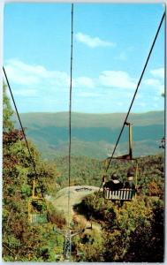 GATLINBURG, Tennessee  TN    SKI LIFT  Double Chair Lift   Postcard
