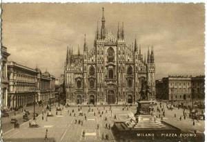 Milano, Piazza Duomo, The Dom Square, 1940s unused Postcard