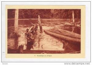 Accostage en pirogue, Cote d´Ivoire, 1910-30s