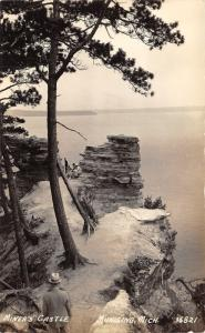 Munising Michigan~Miner's Castle~Family Sitting on Rocks~Man on Trail~1939 RPPC