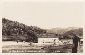 RP; RENFRO VALLEY, Kentucky, 30-40s; The Old Barn
