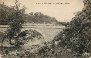 CPA CROZANT Pont sur la Sedelle (1144424)
