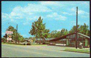 South Carolina ORANGEBURG Town Terrace Inn, 301 North - Chrome 1950s-1970s