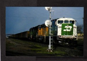Burlington Northern Railroad Train Engine Locomotive 9225 Postcard