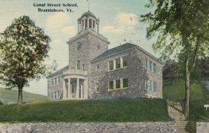BRATTLEBORO  , Vermont , 1913 ; Canal Street School