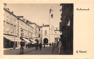 Croatia Dubrovnik, animated street, auto cars