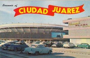 P1933 vintage postcard many old cars ciudad juarez chih bullring mexico unused