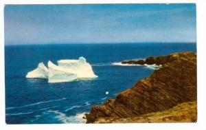 Iceberg in Newfoundland Coastal Waters, St. John´s Newfoundland,  Canada, 40...