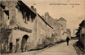 CPA  Lucy-le-Bois (Yonne) - Vieilles Maisons   (658723)