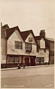 YORK ENGLAND-THE OLD BLACK SWAN PUBLIC HOUSE-CHILDREN PLAYING PHOTO POSTCARD