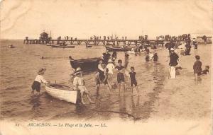 France Arcachon La Plage et la Jetee, Bateaux Boats Beach