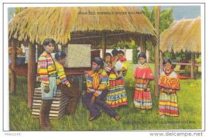 FL Musa Isle Seminole Indian Village Miami Florida Linen Postcard