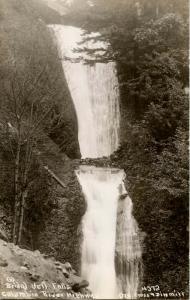 OR - Columbia River Highway. Bridal Veil Falls.   *RPPC