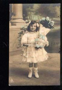 034831 Greeting Girl w/ Huge BOUQUET vintage PHOTO