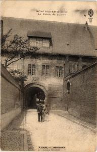 CPA   Montdidier (Somme) - Le Palais de Justice   (515459)