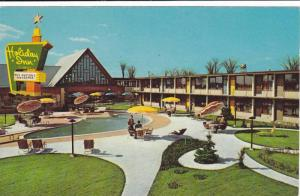 Holiday Inn , Montreal , Quebec , Canada , 40-50s