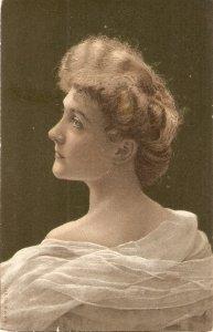 Pretty lady. Bare shoulders Niceolf vintage Spanish postcard