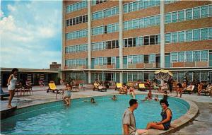 Jack Tar Capitol House Baton Rouge Louisiana LA poolside 1950s Postcard