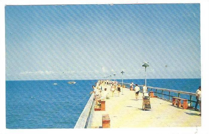 Fishing from the all steel Fisherman's Steel Pier at Carolina Beach, North ...