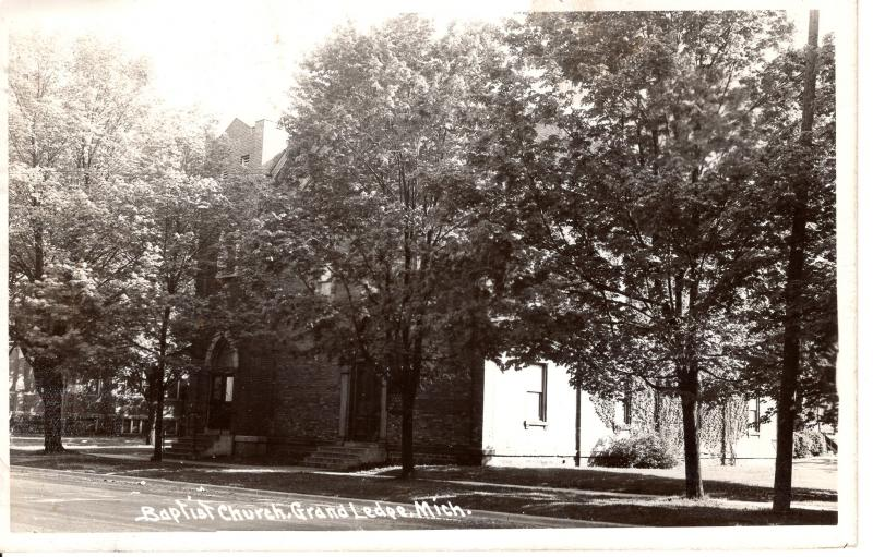 US    PC1657  BAPTIST CHURCH, GRAND LEDGE, MI