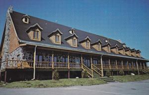 L'Hotel Cap-Aux-Pierres , CHARLEVOIX , Quebec, Canada , 50-60s