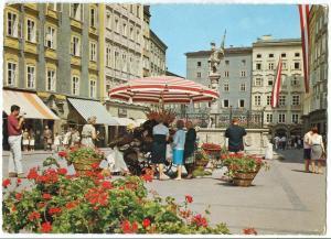Austria, Salzburg, die Fußgänger-Stadt, Alter Markt mit Floriani-Brunnen