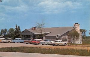 Racine Wisconsin~The Spinning Wheel Restaurant~NICE 1950s Cars~Postcard