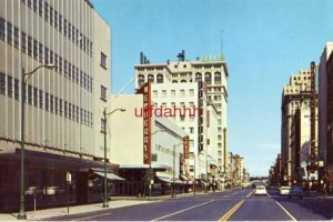 SPOKANE, WA LOOKING EAST ON RIVERSIDE AVE Newberry's store Spokane and Eastern