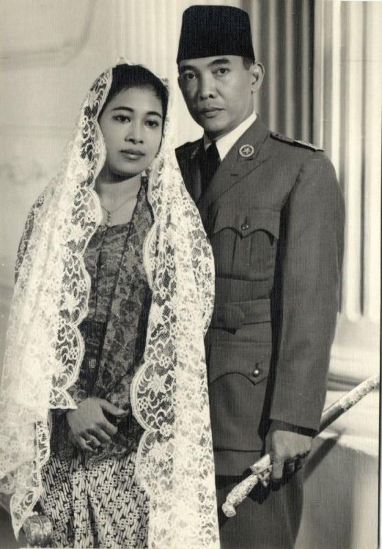 indonesia, President Sukarno and 1st Lady Fatmawati (1950s) Nikola Drakulic Foto