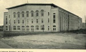 IA - Des Moines. Coliseum Building