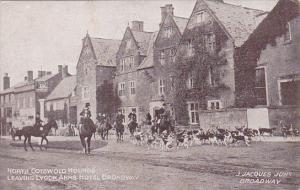 England North Cotswold Hounds Fox Hunting Leaving Lygon Arms Hotel Broadway