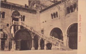 Verona - Scala della Ragione, Veneto, Italy, 10-20s