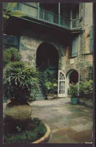 Brulatour Courtyard,New Orleans,LA Postcard BIN