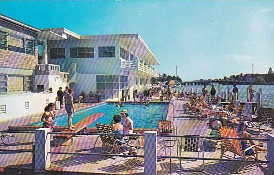 Florida Miami Beach Les Chateaux Motel With Pool