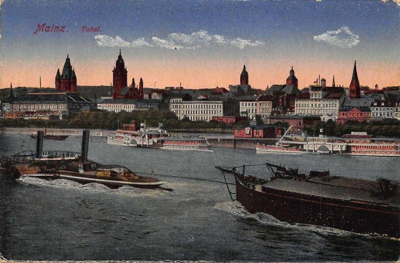 Mainz Total River Boats CHurch General view Postcard