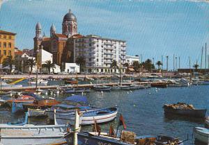France Saint-Raphael Un coin du Port et la Cathedrale