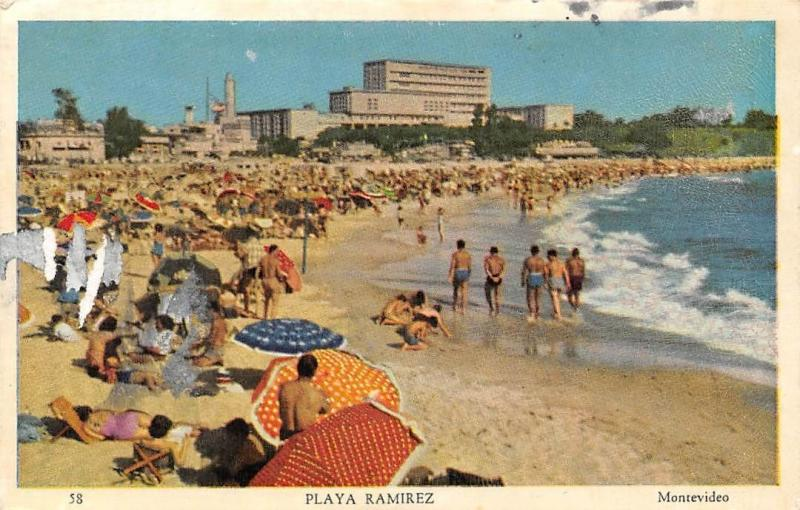 Uruguay Montevideo, Playa Ramirez, animated beach plage 1959