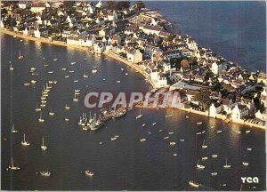 Modern Postcard the Bigouden in the estuary of the river of Pont l'Abbe Harbo...