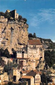 France Roc-Amadour (Lot) Cite medievale Le rocher vu de la route de Cahors