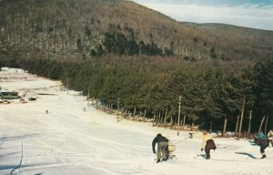 ALLEGHANY STATE PARK, New York, 1950-60s; People Skiing