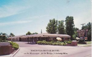 Exterior,  Magnolia Motor Hotel,  Vicksburg,  Mississippi,   40-60s