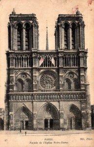 France Paris Facade de l'Eglise Notre Dame
