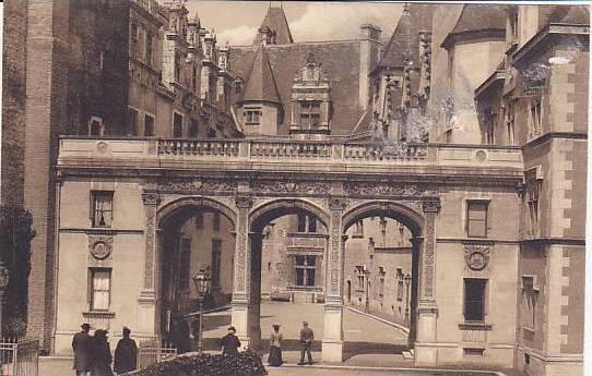 Le Chateau, Entree Principale, Pau (Pyrénées-Atlantiques), France, 1900-1910s